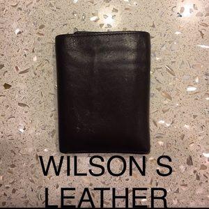 Wilsons Leather mens wallet